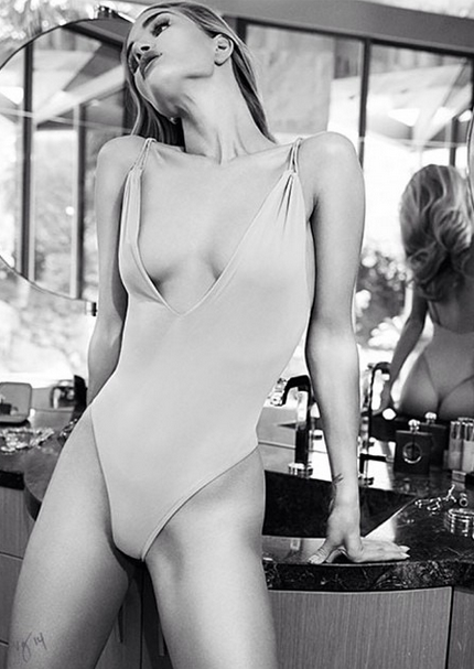 Rosie Huntington-Whiteley's Sexiest Moments Ever