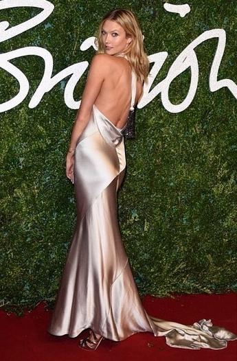Victoria's Secret Models Hit the British Fashion Awards Red Carpet!