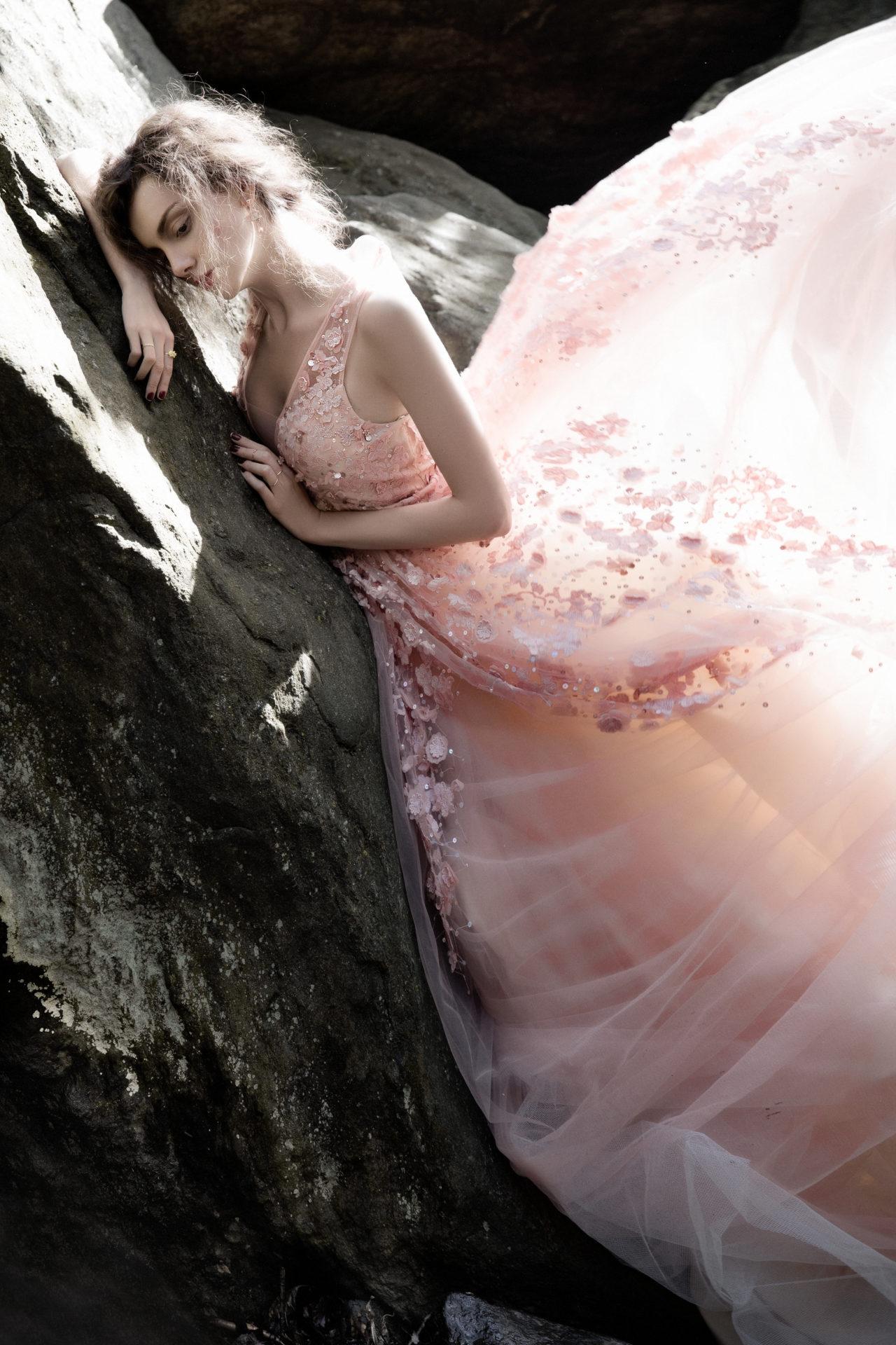 Dress - Basix. Rings and earrings - Solomeina.