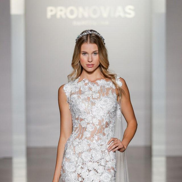 PRONOVIAS NY FASHION SHOW_Natura