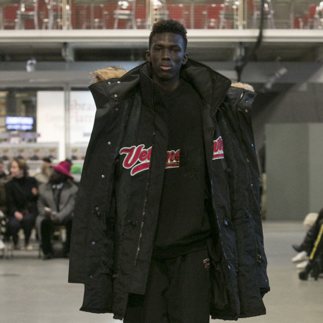 VETEMENTS AW17 22