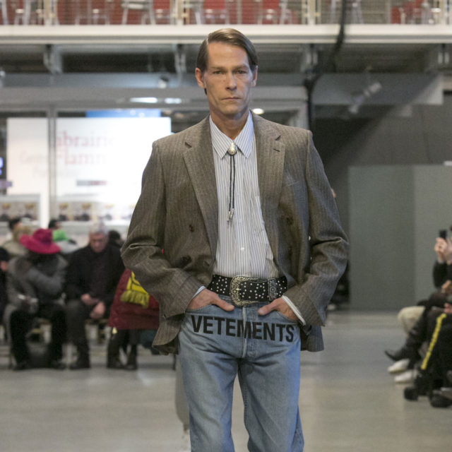VETEMENTS AW17 25