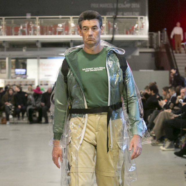 VETEMENTS AW17 4