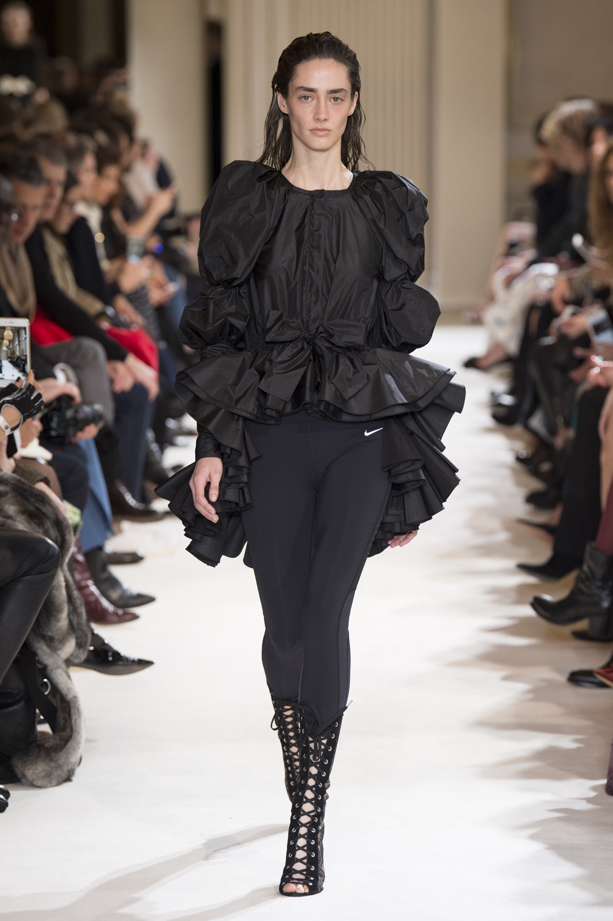 GIAMBATTISTA VALLI AW1718  - Look27